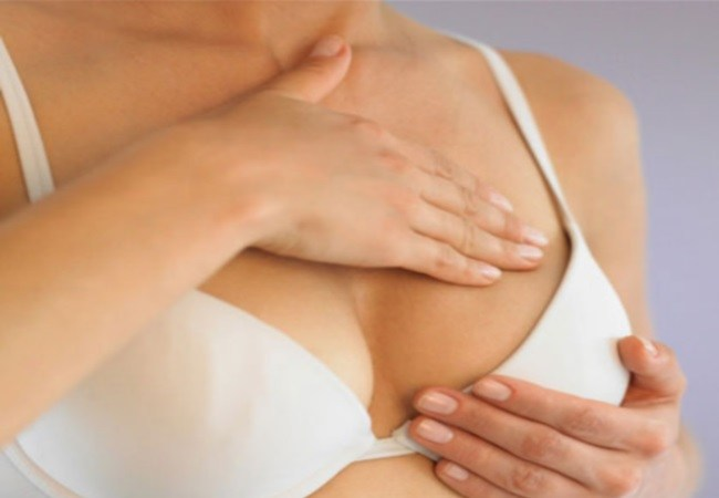 Minimizer bra reduces bust size
